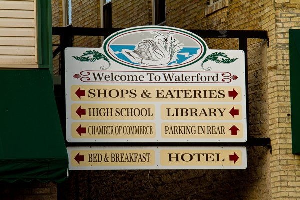 Downtown Welcome to Waterford Sign